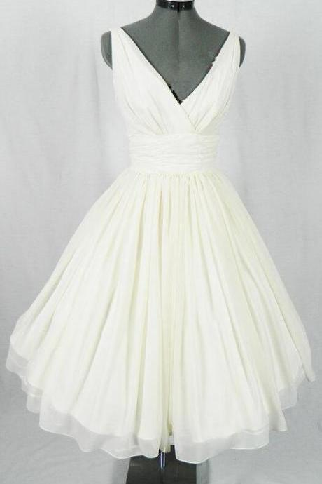 Ivory Simple Short Homecoming Dress,V-Neck Homecoming Dresses, The Charming Chiffon Homecoming Dress