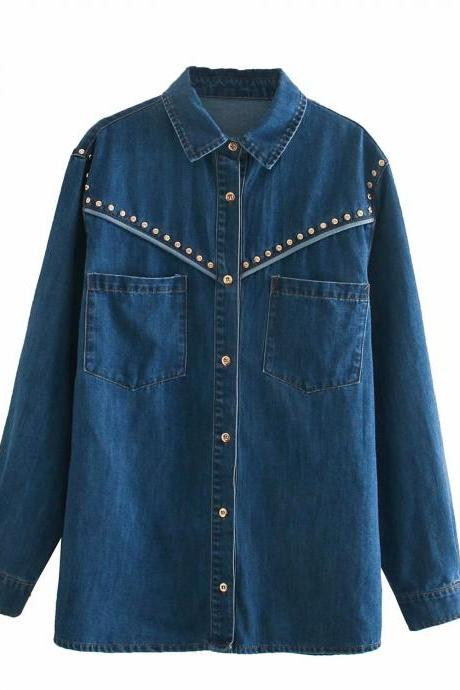 2020 loose-fitting retro denim shirt jacket with dual pocket rivet trim