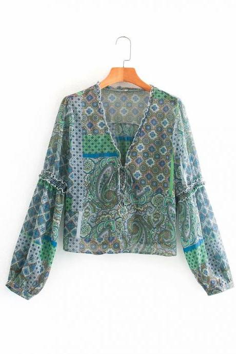 Paisley print blouse blouse for autumn