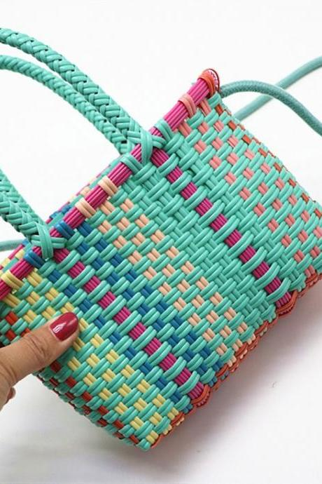 New style, children's handbag, one-shoulder woman's woven bag, beach straw woven bag