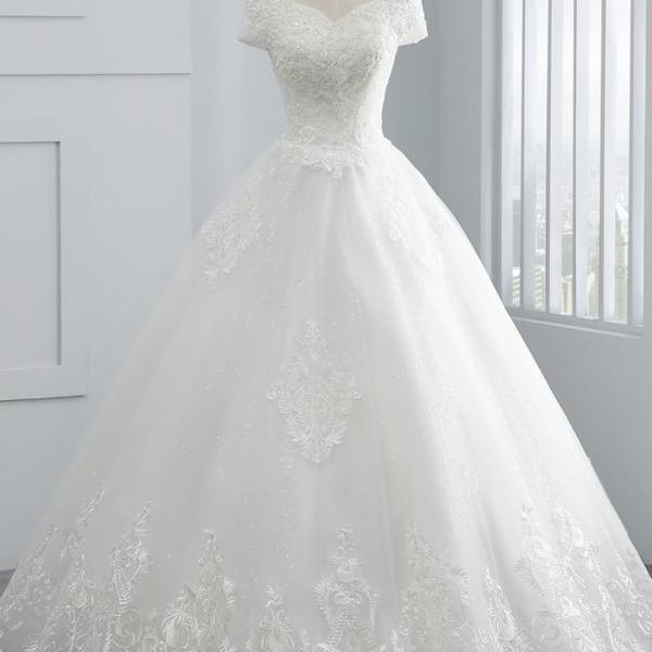 Beautiful white shoulder dress, elegant lace applique wedding dress
